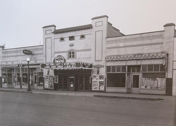theatre-history-4-600