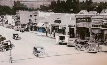 Grand Ave street scene - 1940-50s